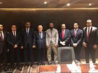 رئيس المجلس الانتقالي الجنوبي يلتقي مبعوث الأمم المتحدة في أبوظبي