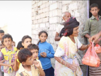 """أبناء """"التحيتا"""" : الهلال الأحمر يقدم لنا 18 ألف رغيف خبز يومياً.. وأينما وجدت ذراع الإمارات الإنسانية عم خير زايد وانتهى الجوع والفق"""