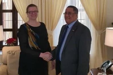 الخبجي يلتقي نائبة السفير الامريكي لدى اليمن