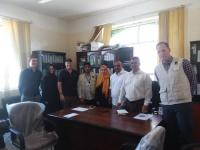 العفيف و قحطان يلتقيان المدير الإقليمي لمنظمة إنقاذ الدولية السيد كارت