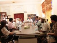 Al-Thaqly meets a number of northern people living in Socotra