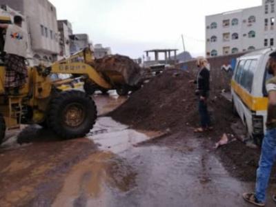 مؤسسة X-Adan تستكمل رفع مخلفات الأمطار من مرتفعات شعب العيدروس بعدن