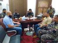 بن عفيف يلتقي مسؤولين في بعثة الصليب الأحمر بعدن