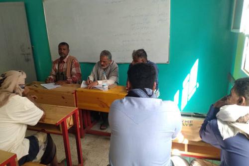 قيادة انتقالي خنفر تختتم لقاءاتها التشاورية مع رؤساء اللجان المحلية بمراكز الأحياء