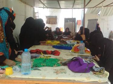 بتعاون من جمعية الخياطة والخدمات التنموية .. اختتام المرحلة الأولى لدورة الخياطة و الكوافير في عدن