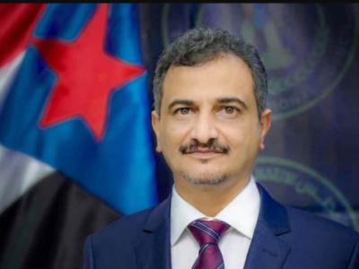 محافظ العاصمة عدن يتلقى رسالة شكر وعرفان من قائد المنطقة العسكرية الرابعة