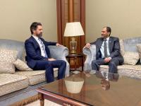 اللواء شلال شايع يستقبل نائب السفير البريطاني القائم بالأعمال في مقر إقامته بالرياض