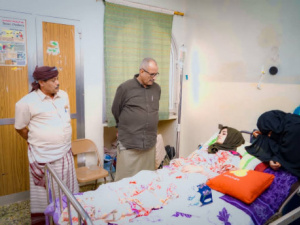 الجعدي يطمئن على صحة الجريحة سيناء عبدالله