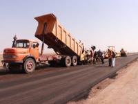 صندوق صيانة الطرق يواصل تنفيذ مشاريع طارئة لعدد من الطرقات في مختلف المناطق