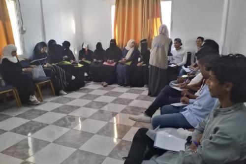 مؤسسة تحديث و مؤسسة الانسجام للتنمية تنفذان ورشة تدريبية حول التصوير الإنساني في عدن