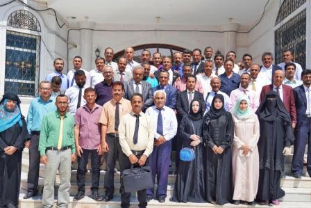 الدكتور الخُبجي يلتقي منسقية المجلس الانتقالي بجامعة عدن