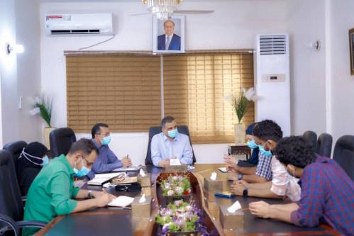 محافظ العاصمة عدن يطّلع على جهود منظمة أطباء بلا حدود الفرنسية في دعم وتعزيز الجهود الصحية لمواجهة الموجة الثانية لكورونا