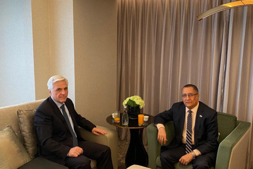 Al-Khobaji discusses with Russian ambassador mechanisms of implementing Riyadh Agreement and political process